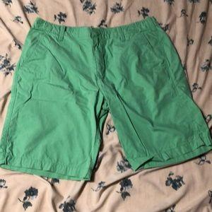 Green express men's 10' shorts